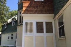 Before glass restoration beside entry